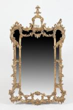 GILTWOOD PAR CLOS TYPE PIER MIRROR IN THE CHIPPENDALE TASTE. Late 20th Century. - 55 3/4