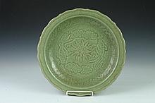 CHINESE LONGQUAN CELADON CHARGER, Yuan/Ming Dynasty or later. - 16 3/4 in. diam.