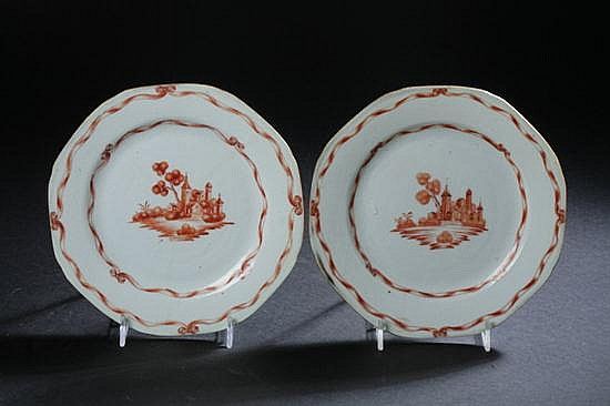 PAIR CHINESE EXPORT SEPIA AND WHITE PORCELAIN PLATES, Qianlong Period. - 7 1/2 in. diam.