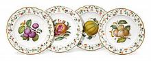 A set of four Paris porcelain dessert plates, circa 1830 (4)