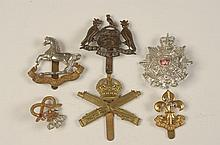 21 ASSORTED BRITISH MILITARY BADGES AND INSIGNIA