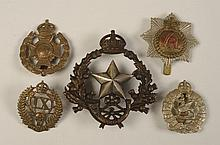 19 ASSORTED BRITISH MILITARY BADGES AND INSIGNIA
