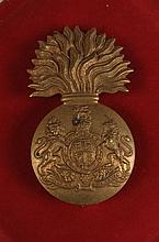 ROYAL SCOTS FUSILIERS GLENGARRY BADGES, QUEEN AND KING'S CROWNS