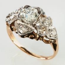ANTIQUE DIAMOND AND PLATINUM RING, APPROX 1.23 CTTW