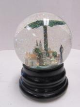 SAKS FIFTH AVE SNOW GLOBE PALM BEACH FLORIDA S5A