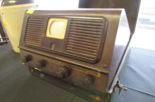 Portable Pilot Radio TV Model TV37