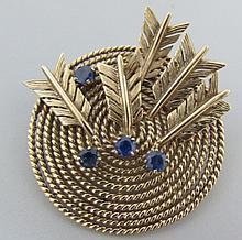 14K GOLD SAPPHIRE ARCHERY PIN TARGET ARROWS