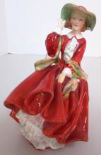 ROYAL DOULTON TOP O' THE HILL HN 1834 LADY