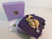 ELIZABETH TAYLOR SEA SHIMMER PIN BOX PAPERS