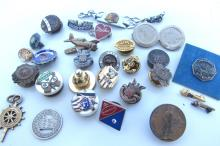 WWII US ARMY NAVY USAF PINS MEDALS BADGES LOT
