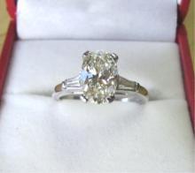 2 CARAT DIAMOND SOLITARE RING PLATINUM