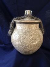 GLEN MCNAB - White Crackle Pot