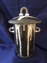 GLEN MCNAB - Black & White Pot