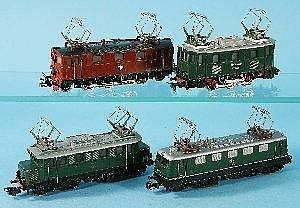 Marklin: four electric locomotives, E41024, RSM800, E44039 and 884, G-VG (4) Illustrated