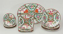 Large Chinese Export Rose Medallion Porcelain Dinner Service for Twelve