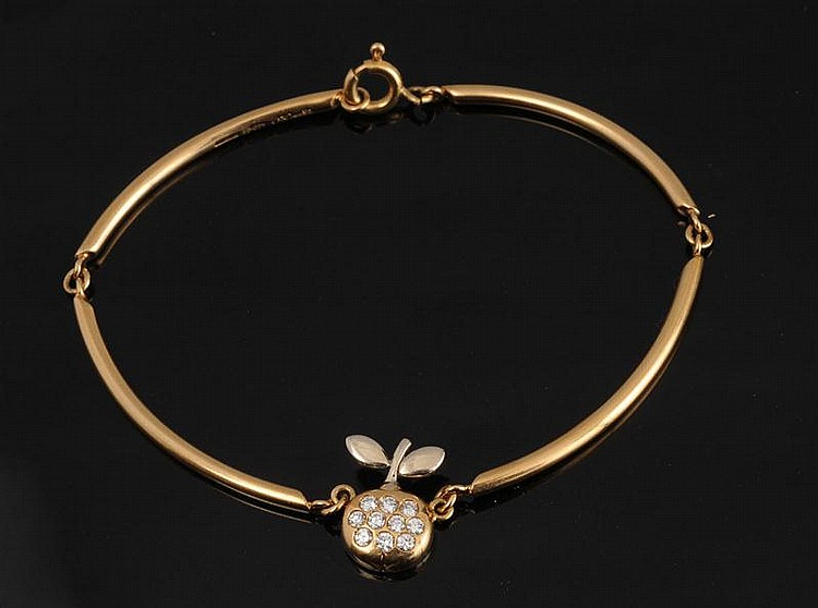 18K GOLD AND DIAMOND APPLE BRACELET