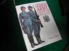 Reference book German Army Uniforms