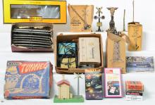Group of O gauge track, Marx, Lionel accessories and more
