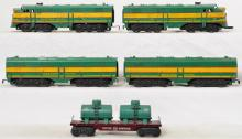 Marx O gauge Western Pacific ABBA diesels and Cities Service twin tank car