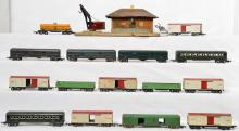 Large group of American Flyer prewar O gauge rolling stock etc