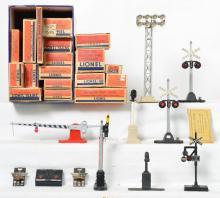Group of boxed Lionel Postwar O gauge accessories