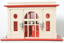 Lionel tinplate 115 station cream & red