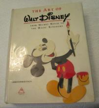 3- The Art of The Walt Disney Book - Christopher Finch