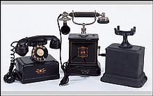 EARLY 20TH CENTURY DUTCH JYDSK HAND CRANK TELEPHONE.
