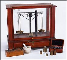 CHRISTIAN BECKER CHAINOMATIC ANALYTICAL SCALE.