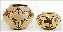 SOUTHWESTERN NATIVE AMERICAN POTTERY VESSEL.