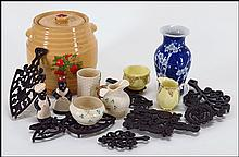 COLLECTION OF DECORATIVE ITEMS.