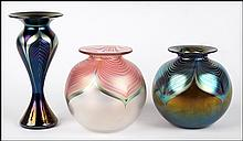 STUART ABELMAN (AMERICAN, 20TH/21ST CENTURY) THREE FAVRILE ART GLASS VASES.