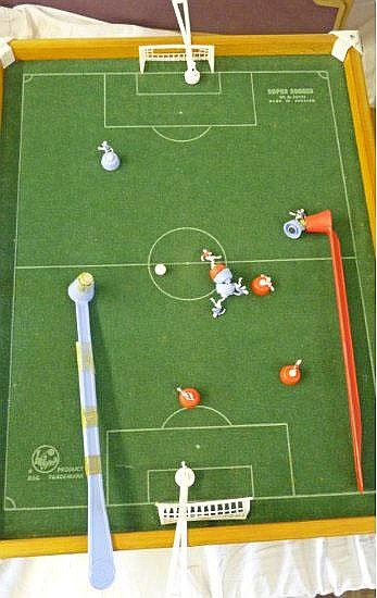 BALYNA SUPER SOCCER MAGNETIC FOOTBALL GAME BOXED