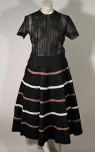 Vintage Women's Clothing (2)