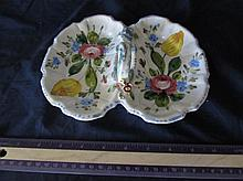 HAND-PAINTED ITALY MARKED CERAMIC DISH WITH HANDLE