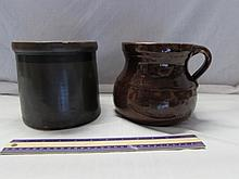 VINTAGE POTTERY CROCK AND JUG (2)