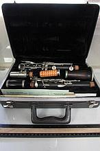 SELMER TRUMPET WITH CARRYING CASE