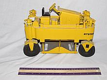 HYSTER DRUGE METAL TRACTOR