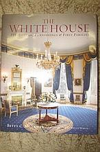 THE WHITE HOUSE BOOK, BY BETTY C. MONKMAN HARD BACK BOOK HISTORIC FURNISHINGS & FIRST FAMILIES