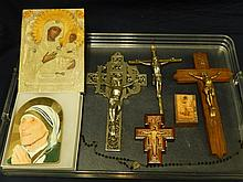 (7) RELIGIOUS ITEMS MOTHER AND CHILD PLAQUE, 3 CROSSES, 2 WOOD ICONS
