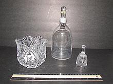CRYSTAL BOWL, BELL AND DECANTER BRILLIANT DEEP-CUT GLASS BOWL 4