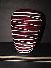 ART GLASS VASE RED WITH WHITE THREAD 7