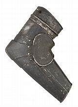 A SOUTH GERMAN VAMBRACE FOR THE RIGHT ARM WITH EMBOSSED DECORATION IN THE 'BLACK AND WHITE' FASHION, CIRCA 1570-80