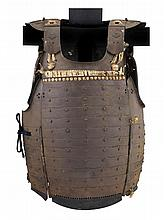 **A JAPANESE CUIRASS (DÕ), EDO PERIOD, LATE 18TH/EARLY 19TH CENTURY