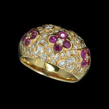A PINK GOLD RING