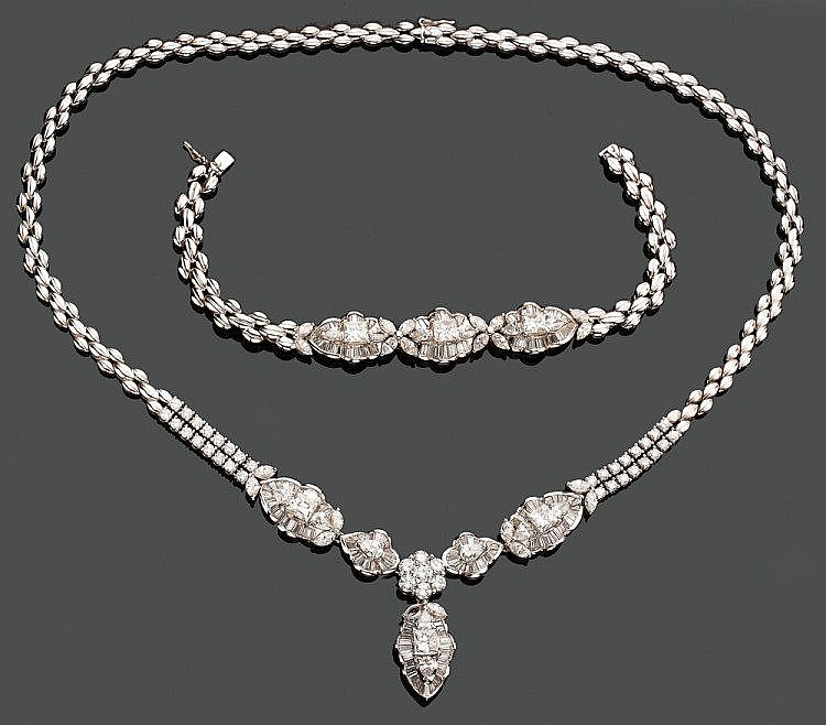 Set composed of Platinum necklace and bracelet