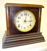 Antique Ingraham Wooden Mantel Clock,