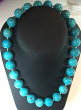MINED TURQUOISE NECKLACE WITH GOLD CLASP, 16mm