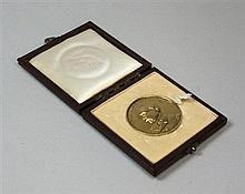 An Aberdeen silver gilt University medallion 38mm diameter
