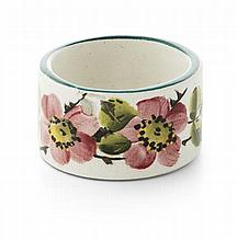 WEMYSS WARE 'DOG ROSES' CIRCULAR NAPKIN RING, EARLY 20TH CENTURY 4.7cm diameter
